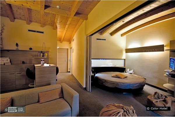 Color Hotel In Bardolino Italy