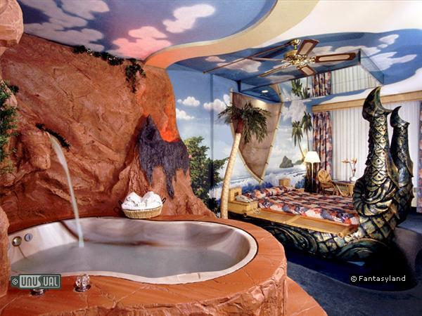 Beautiful Themed Hotel Rooms...A Total Fantasy World!