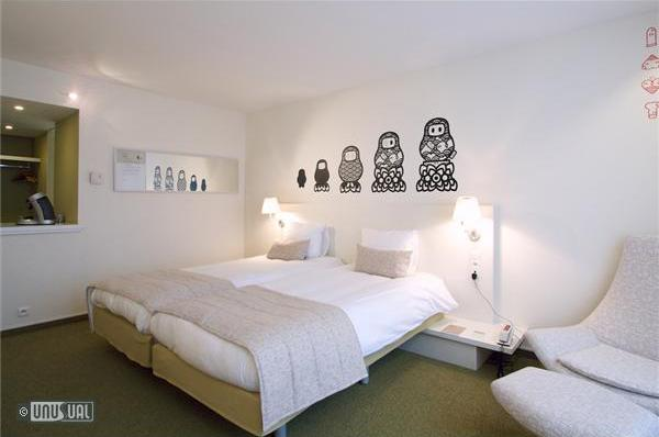 Hotel Bloom Rooms Painted By Hundreds Of Eu Artists In