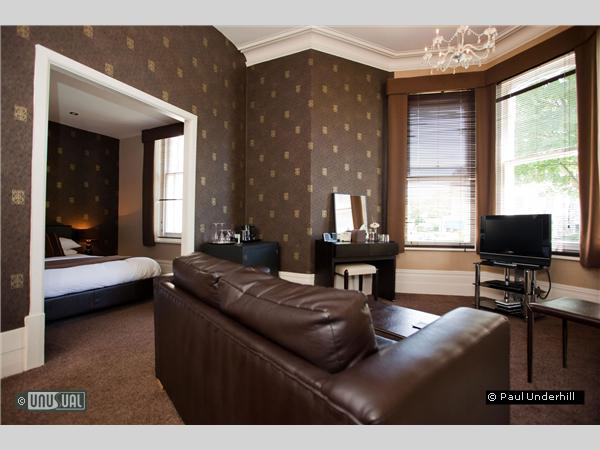 Chocolate theme hotel in bournemouth for Unusual boutique hotels